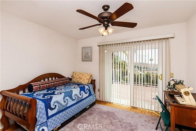 12646 Hubbard Street, Sylmar CA: http://media.crmls.org/mediascn/b8968bcc-1dbf-42a6-bd43-9df13eb00fca.jpg