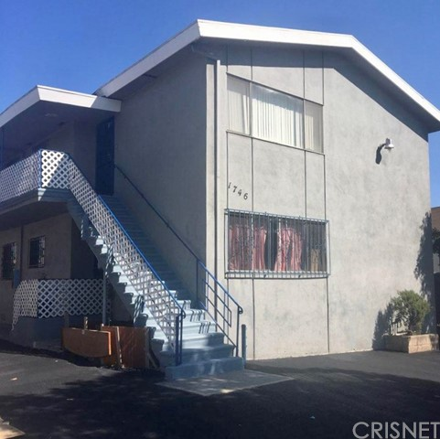 1746 S La Brea Avenue Unit 3 Los Angeles, CA 90019 - MLS #: SR18191845
