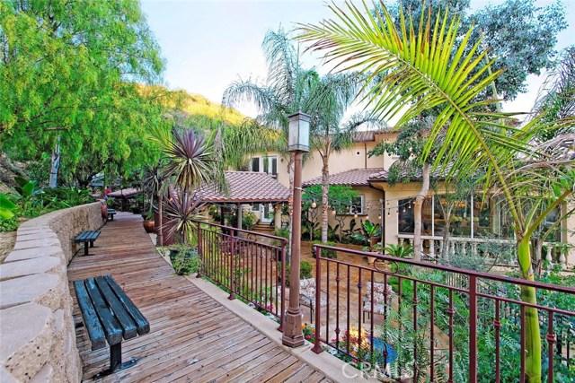 1175 San Clemente Way, Camarillo CA: http://media.crmls.org/mediascn/b8f42cb6-da7e-4f0a-90db-1e2d36c74495.jpg