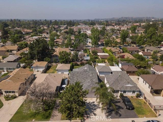 1922 7th Street, San Fernando CA: http://media.crmls.org/mediascn/b9339724-69c1-4be8-95bd-8c340557042d.jpg