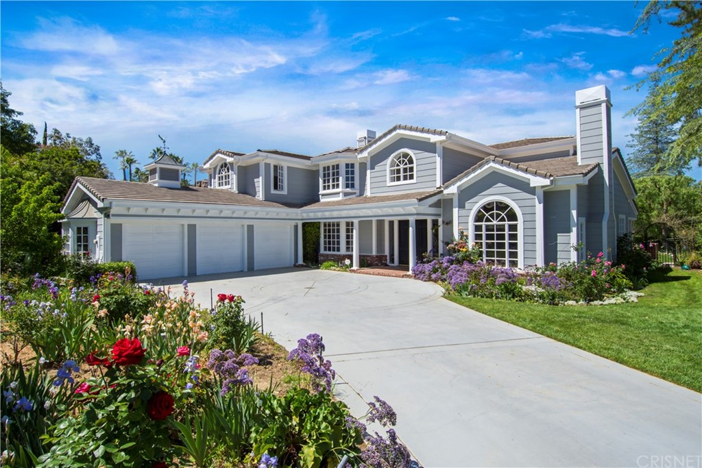 9439 Oak Leaf Drive, Chatsworth, CA 91311