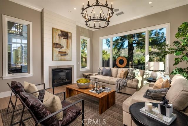 4200 Mesa Vista Drive, La Canada Flintridge CA: http://media.crmls.org/mediascn/b9426e4c-ba09-491b-917b-a24eface0557.jpg