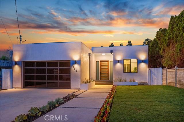 5804 Donna Avenue, Tarzana CA: http://media.crmls.org/mediascn/b94f961c-5526-4964-a247-8782cd6da9e4.jpg
