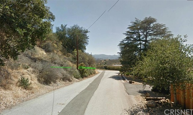 24934 Old Wiley Canyon Road, Newhall CA: http://media.crmls.org/mediascn/b957d16a-8be5-4aac-93d1-d01e17fb616d.jpg