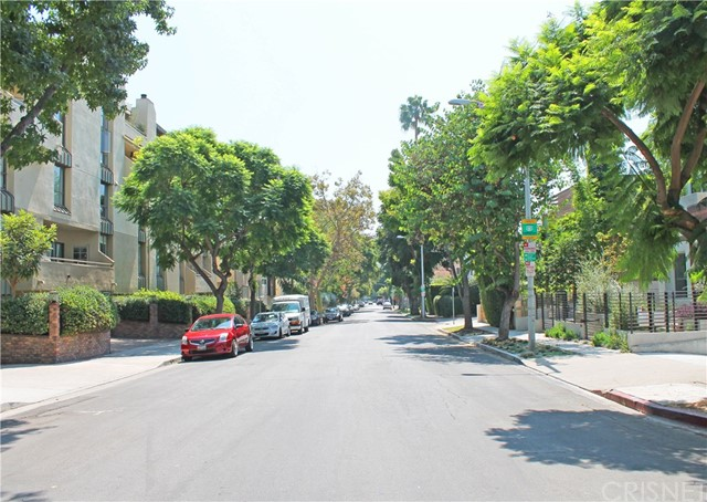 729 Huntley Drive Unit 5 West Hollywood, CA 90069 - MLS #: SR17205576
