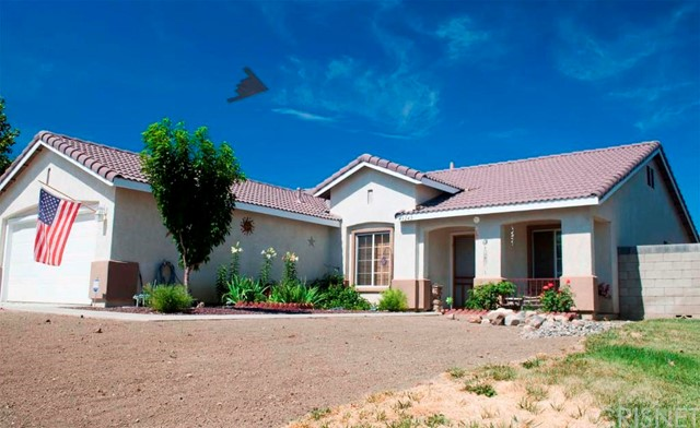 Property for sale at 43245 Fleetwood Drive, Lancaster,  CA 93535