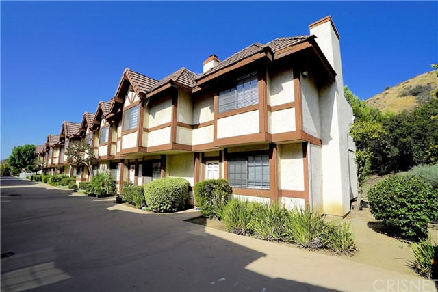 9325 Sunland Park Drive Unit 28 Sun Valley, CA 91352 - MLS #: SR17230888