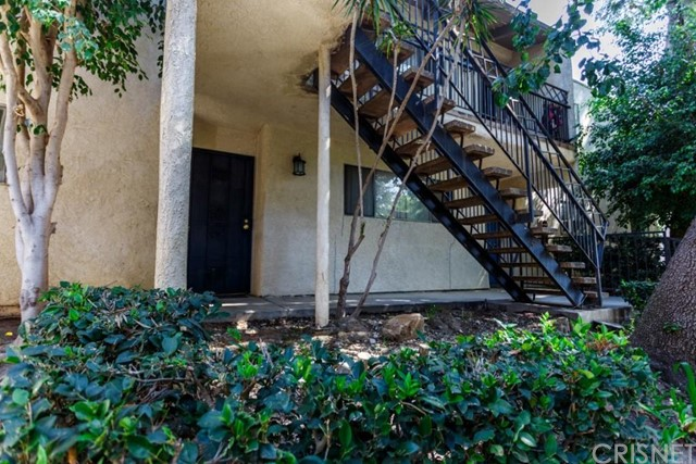 Property for sale at 10331 Lindley Avenue #119, Northridge,  CA 91326