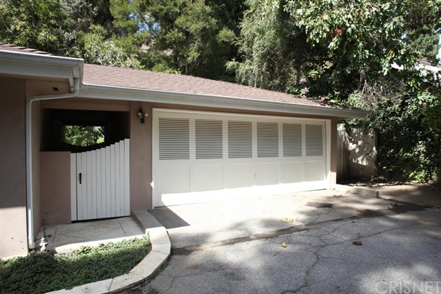 Additional photo for property listing at 1151 Coldwater Canyon Drive 1151 Coldwater Canyon Drive Beverly Hills, California 90210 United States