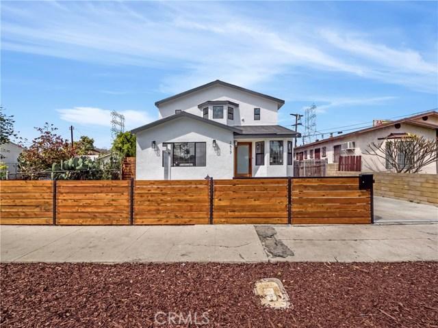 2617 S Spaulding Avenue, Los Angeles CA: http://media.crmls.org/mediascn/ba953d30-56b7-4582-ad42-219cada68cb0.jpg