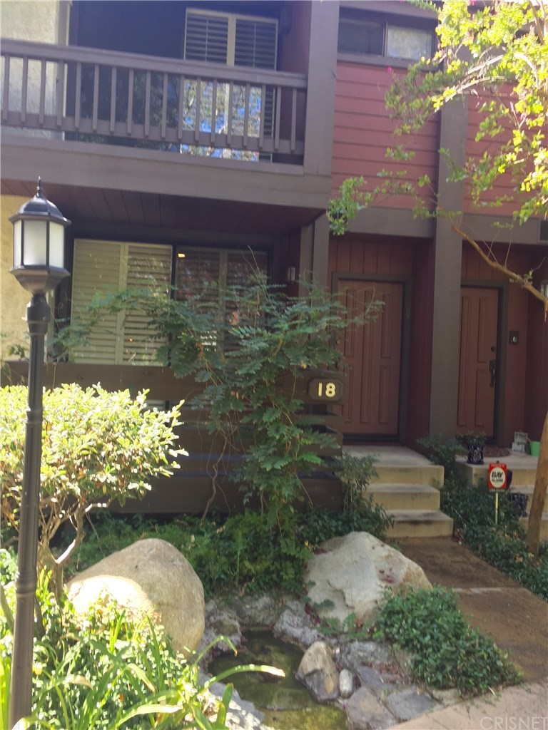 Photo of 21931 BURBANK BOULEVARD #18, Woodland Hills, CA 91367