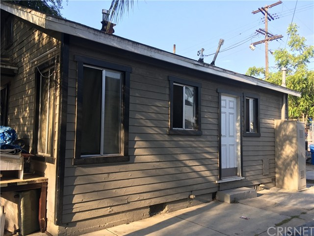 9313 S Broadway, Los Angeles CA: http://media.crmls.org/mediascn/bafe7d6e-3c21-4cbb-ab43-bdec87e90414.jpg