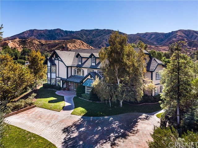 16418 Cambria Estates Ln, Canyon Country, CA 91387 Photo