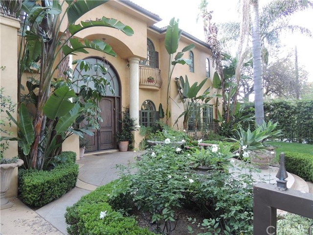 4015 Stansbury Avenue, Sherman Oaks, CA 91423
