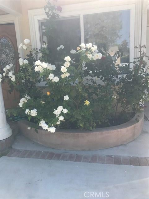 18224 Valley Vista Boulevard, Encino CA: http://media.crmls.org/mediascn/bbb3c03d-d120-456a-95da-5cafa08359f4.jpg