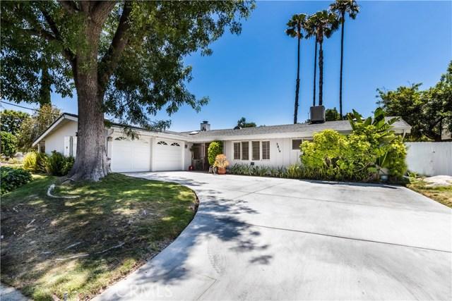 5814 Mcdonie Avenue, Woodland Hills CA: http://media.crmls.org/mediascn/bc141d7d-d966-4a26-aedb-901f068d5470.jpg