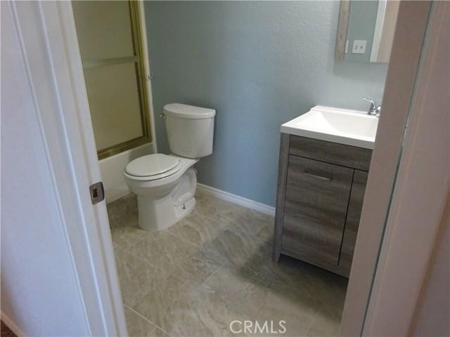 17308 Valeport Avenue, Lancaster CA: http://media.crmls.org/mediascn/bc2f7a8f-13b9-4ef9-8870-a541a926518f.jpg