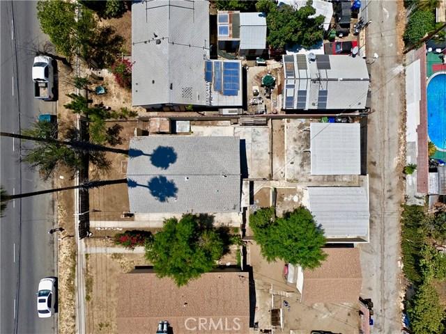 12986 Glenoaks Boulevard, Sylmar CA: http://media.crmls.org/mediascn/bca34f6d-5c08-49cd-9467-3aaabc62d5cc.jpg