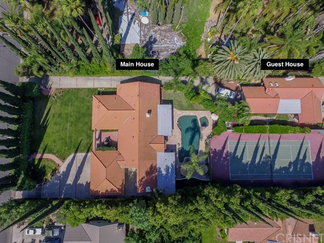 Single Family Home for Sale at 23017 Calvert Street 23017 Calvert Street Woodland Hills, California 91367 United States