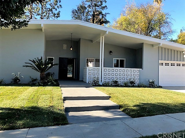 18608 Palomino Drive Tarzana, CA 91356 is listed for sale as MLS Listing SR17268966