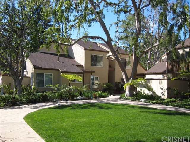 Photo of 22330 Victory Boulevard #701, Woodland Hills, CA 91367