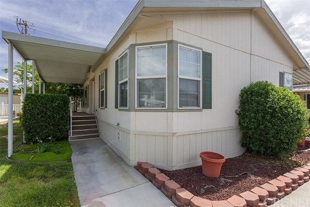 21208 Willow Weed Way, Canyon Country, CA 91351