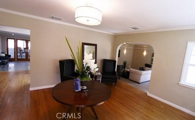 917 W Orange Grove Avenue, Burbank, CA 91506