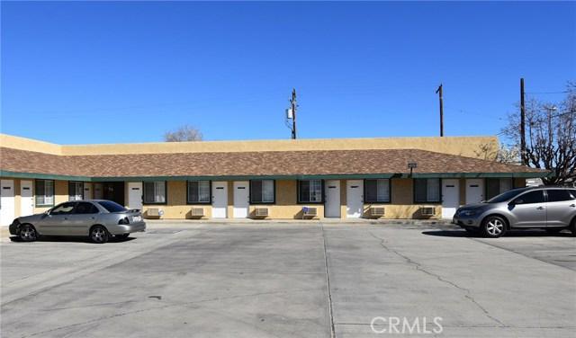 Oficinas por un Venta en 45104 Trevor Avenue Lancaster, California 93534 Estados Unidos