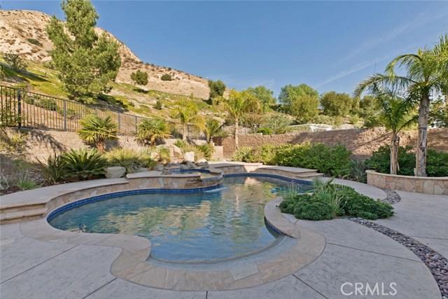 20355 Via Urbino, Porter Ranch CA: http://media.crmls.org/mediascn/be5aafa3-cb36-4b5a-84cf-394726eecb99.jpg