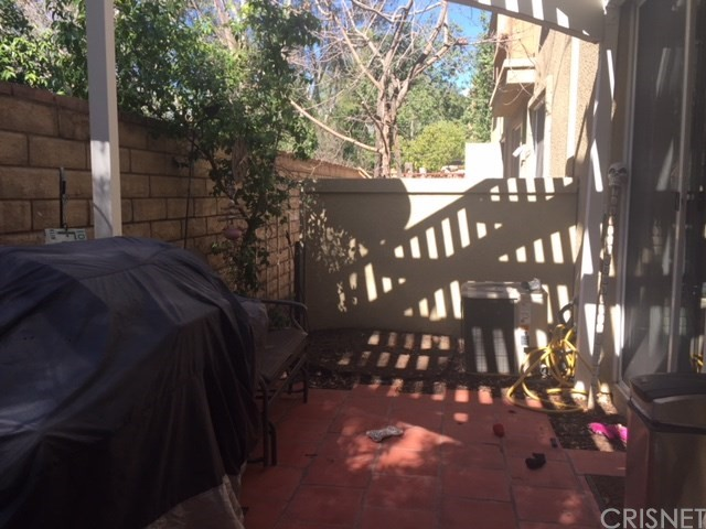 Additional photo for property listing at 26943 Hillsborough  Unit 27 26943  Hillsborough Valencia, California 91354 United States