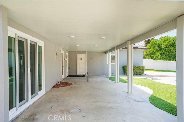 22843 Sherman Way, West Hills CA: http://media.crmls.org/mediascn/bed4e9ec-a6f6-4e6f-8fcb-316f2e093c8d.jpg