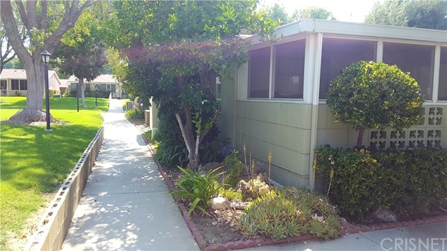 19110 Avenue Of The Oaks D, Newhall, CA 91321