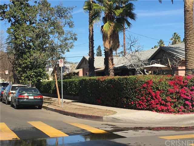 Residential Income for Sale at 11455 Tiara Street 11455 Tiara Street North Hollywood, California 91601 United States