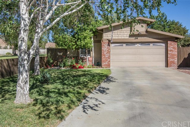 Property for sale at 27635 Peridot Way, Castaic,  CA 91384