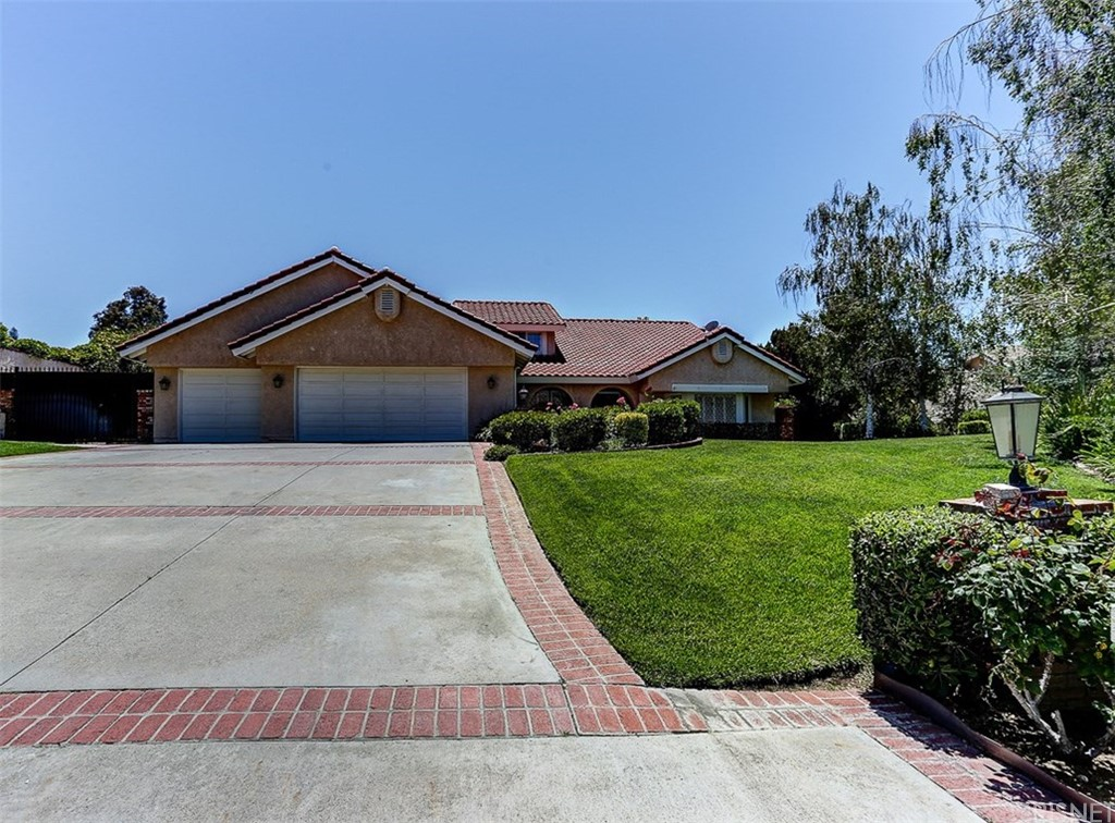 Property for sale at 21604 PARVIN DRIVE, Saugus,  CA 91350