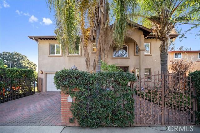 13300 Weddington Street, Sherman Oaks CA: http://media.crmls.org/mediascn/bf795bef-f887-442f-b27e-05bf1d170384.jpg