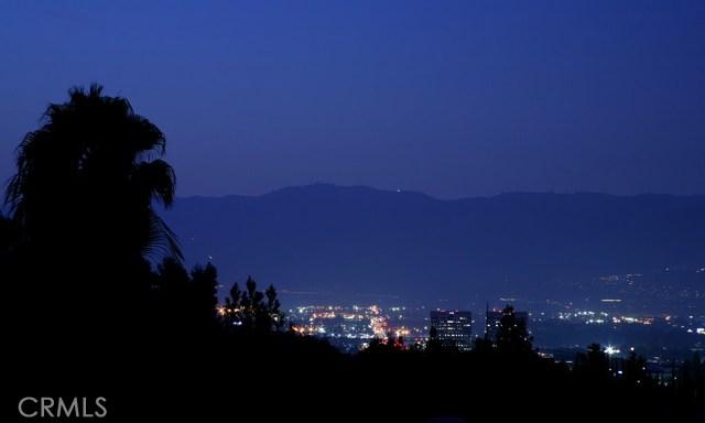 21521 Arcos Drive, Woodland Hills, CA 91364