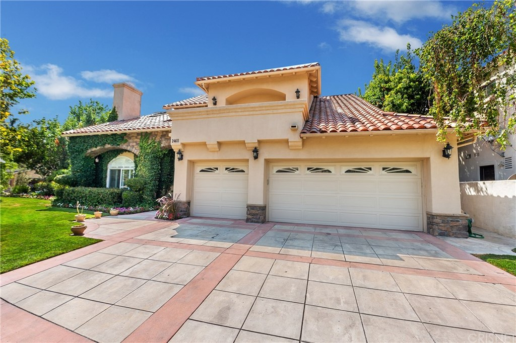Photo of 24611 BRITTANY LANE, Newhall, CA 91321