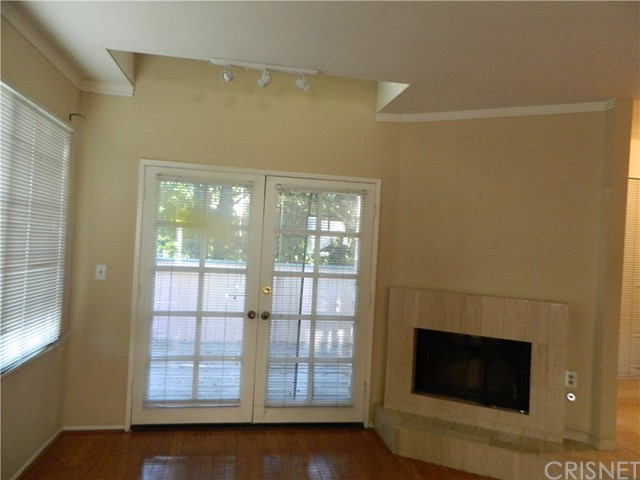 7904 Topanga Canyon Bl, Canoga Park, CA 91304 Photo
