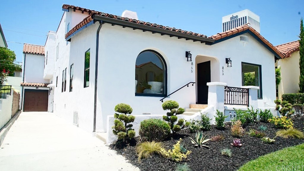 Property for sale at 853 South Stanley Avenue, Los Angeles,  CA 90036