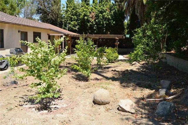 8340 Jason Avenue, West Hills CA: http://media.crmls.org/mediascn/c0077f37-8511-4a11-8891-c064fe099963.jpg