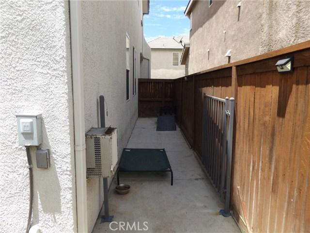 30304 Spring Meadow Court Castaic, CA 91384 - MLS #: SR18161881