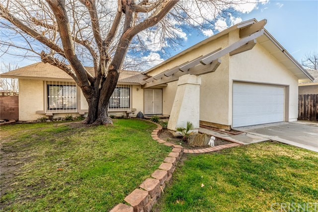 627 Curve Cr, Lancaster, CA 93535 Photo
