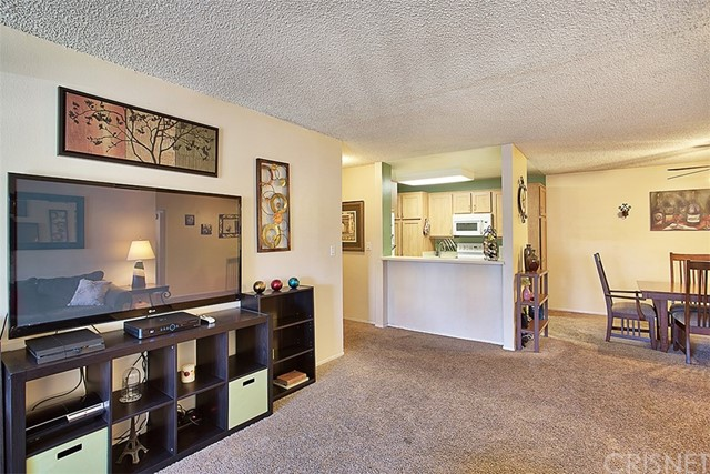 24431 Trevino Drive Unit V10 Valencia, CA 91355 - MLS #: SR17241651