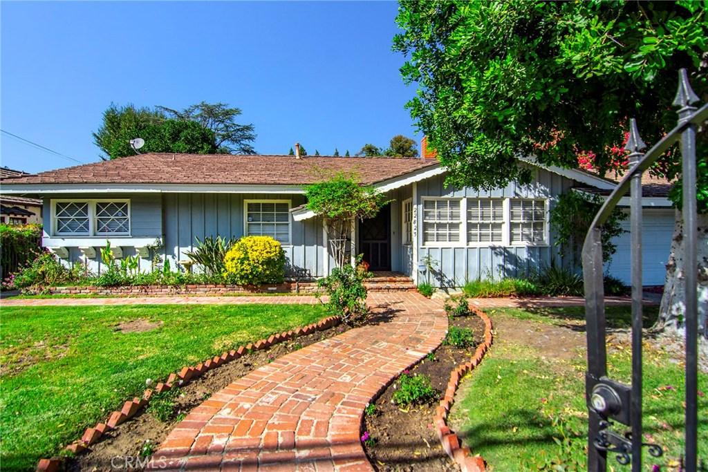 22825 MARIANO Street, Woodland Hills, CA 91367