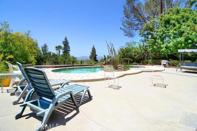 20557 Califa Street, Woodland Hills CA 91367