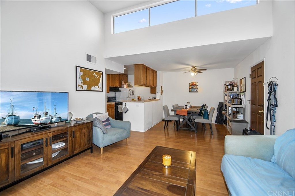 Photo of 5700 ETIWANDA AVENUE #212, Tarzana, CA 91356