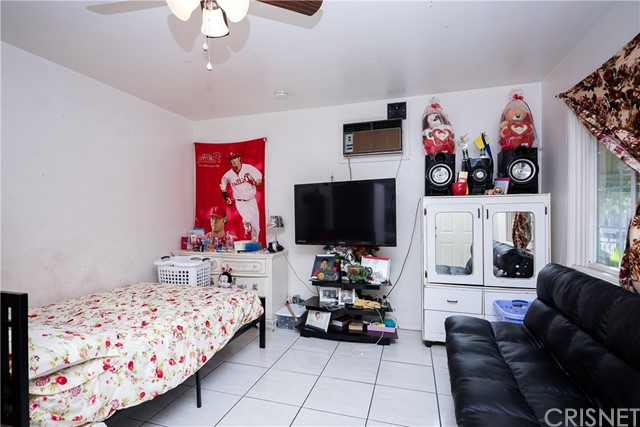 11345 Hatteras Street, North Hollywood CA: http://media.crmls.org/mediascn/c1d67717-8a26-440f-b651-f06391e03430.jpg
