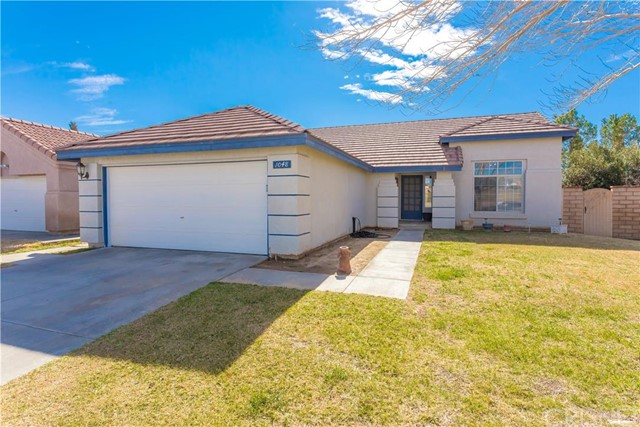Property for sale at 1048 Royal Palm Drive, Rosamond,  CA 93560