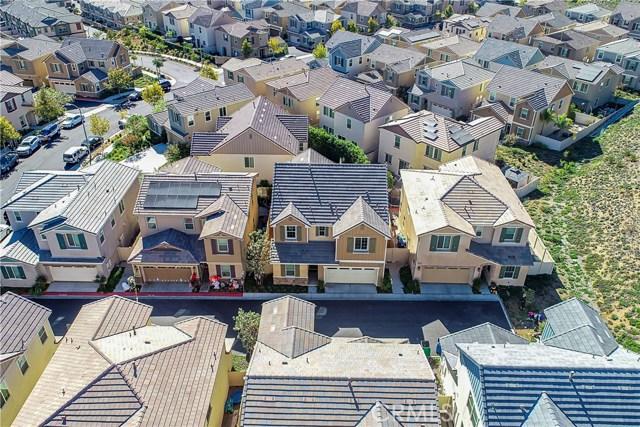 22025 Windham Way, Saugus CA: http://media.crmls.org/mediascn/c1f73af5-6476-481f-b372-abc38ffa2ccb.jpg